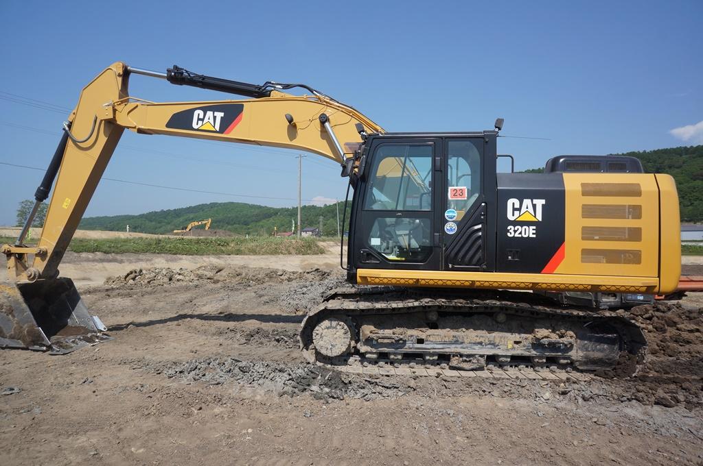 CAT 320E
